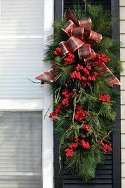 christmas swags for outdoor lights if you want to add uniqueness to your christmas decor then you