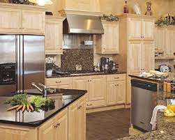 pictures of maple kitchen cabinets kitchen maple kitchen cabinets paint design ideas designs