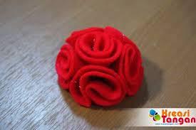 membuat kerajinan bros cara membuat bros lucu dari kain flanel kain flanel felt pinterest