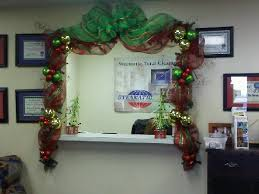 christmas cubicle decorations office christmas decoration house