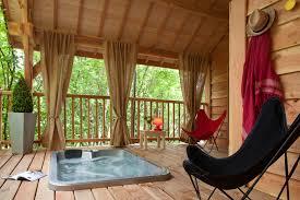 chambre d hote cabane dans les arbres cabane dans les arbres spa tropical en corrèze dans le sud
