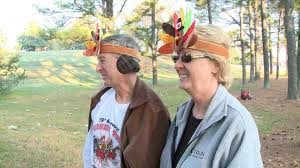 thanksgiving day turkey trot hundreds turn out for thanksgiving day turkey trot 5k whnt com