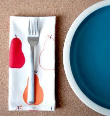 how to make your own no sew cloth napkins apartment therapy