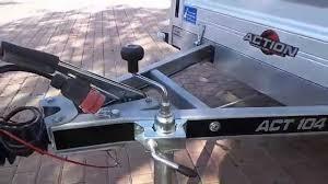 rimorchio porta auto rimorchio con sovrasponde grigliate trasporto cose legname