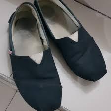 Harga Sepatu Wakai Taman Anggrek wakai black 41 preloved fesyen pria sepatu di carousell