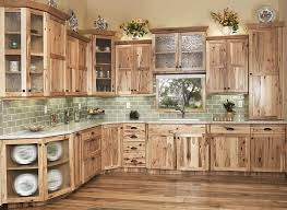 Colorado Kitchen Design by Best 10 Hickory Kitchen Cabinets Ideas On Pinterest Hickory