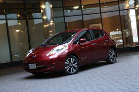 nissan leaf real world range nissan leaf steps up with larger battery and longer driving range