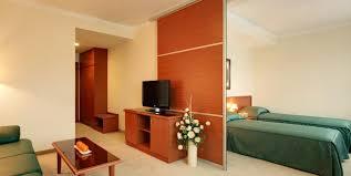 Wohnzimmer Zagreb Hotel Aristos Kroatien Zagreb Booking Com
