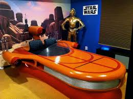 star wars landspeeder bedroom with r2d2 and c3po panels come off star wars landspeeder bedroom with r2d2 and c3po panels come off landspeeder to covert it