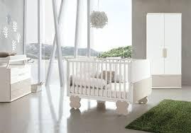 chambre bébé blanc 27 chambres bébé blanches avec lit et tour de lit assortis