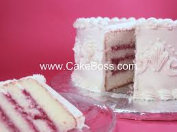 wedding cake fillings best 25 wedding cake fillings ideas on almond wedding