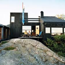 vacation home designs modern wooden vacation house built on rocks