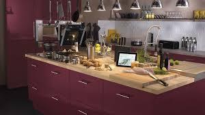 cuisine avec plan de travail en bois meuble cuisine avec plan de travail meuble bas de cuisine avec plan