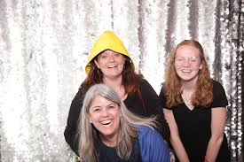 rental photo booths for weddings events photobooth planet maine photo booth vendors a sweet start