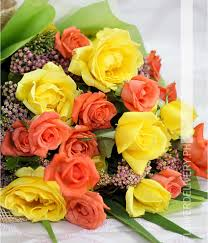 Peach Roses Dozen Yellow And 1 Dozen Peach Rose Round Bouquet