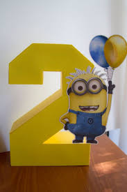 minions centerpieces 29 cheerful and easy minion party ideas shelterness