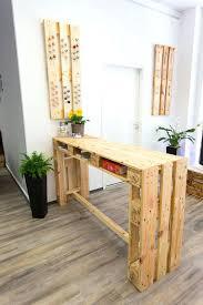 table de cuisine chez but tables hautes cuisine table haute avec des palettes table haute de
