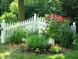 Fence Ideas For Garden Front Yard Fence Landscaping Ideas Onlinemarketing24 Club