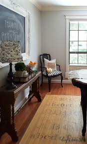 best wall color for light neutral furnishings diy beautify
