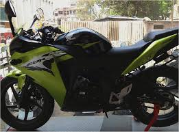 honda cbr150r mileage on road honda cbr expert review road test first drive honda cbr 150 a