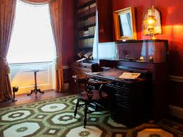 charles dickens museum acquires author u0027s desk