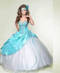 light blue wedding dresses warm blue wedding dresses 2012 memorable wedding planning