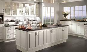 modele cuisine blanche modele de cuisine blanche get green design de maison