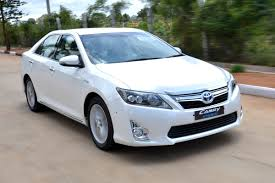 price of toyota camry 2013 toyota camry hybrid review test drive autocar india