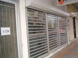 roller doors rs7 clearvision roller doors security doors