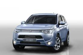outlander mitsubishi the mitsubishi outlander phev has been revealed travel blog