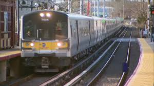 lirr operating on or to schedule after service disruptions
