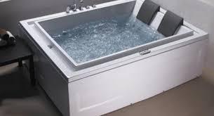 jacuzzi bathtubs canada bathtub wonderful corner bathtub with shower 103 whirlpool
