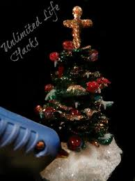 Buy Used Commercial Christmas Decorations by 10 Genius Ways To Use Your Glue Gun Feltmagnet