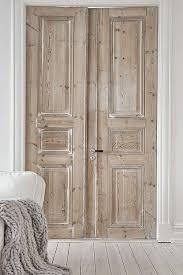 porte en bois de chambre portes en bois brut chambre parents pinteres