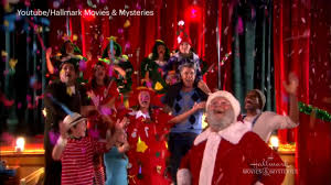 Christmas Movies On Netflix Hallmark Holiday Movies 22 Coming For Christmas Ew Com