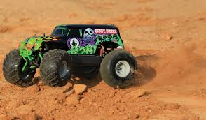 traxxas grave digger rc monster truck tra7202a traxxas grave digger 1 16 traxxas 7202a rc modely