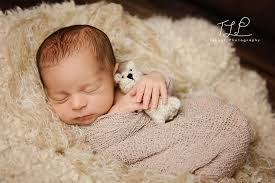 newborn baby photography tuleaf photography albany newborn baby and child photographer