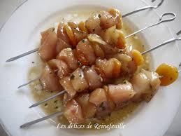 cuisiner escalope de dinde les délices de reinefeuille brochettes d escalopes de dinde marinées