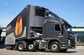 volvo 2010 truck volvo fm 450 6 2 tractor globetrotter cab uk spec u00272010 u201313