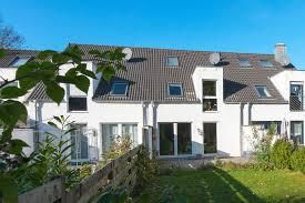 2 Familienhaus Kaufen Phi Aachen Aktuelles Family Haus In Behaglicher Wohnlage Von