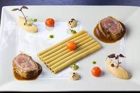 idee deco cuisine cagne table cuisine en verre beautiful quasi de veau roti picture of le