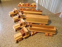 Make Wooden Toy Trucks by 91 Best Wooden Semi Truck And Trailer Images On Pinterest Wood
