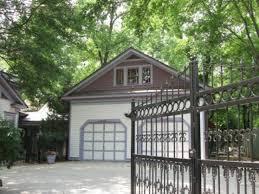 Tiny Home Rental Atlanta Woman Turns Garage Of Historic Home Into Tiny House Rental