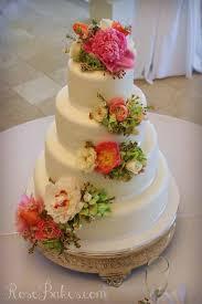 wedding cake flower white wedding cake with cascading fresh flowers bakes