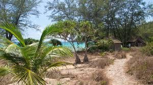 koh rong samloem u2013 a day trip to paradise travel blog about