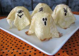 quick and quirky sweet treat for halloween sweet ghost crisps