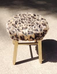 fur stool diy