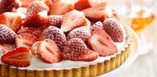 aux fraises cuisine tarte aux fraises sans crème pâtissière facile recette sur