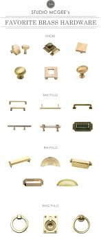 how to choose cabinet hardware pulls or knobs how to choose kitchen cabinet hardware ideas