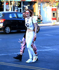 thorne street style leaving body electric tattoo shop in west